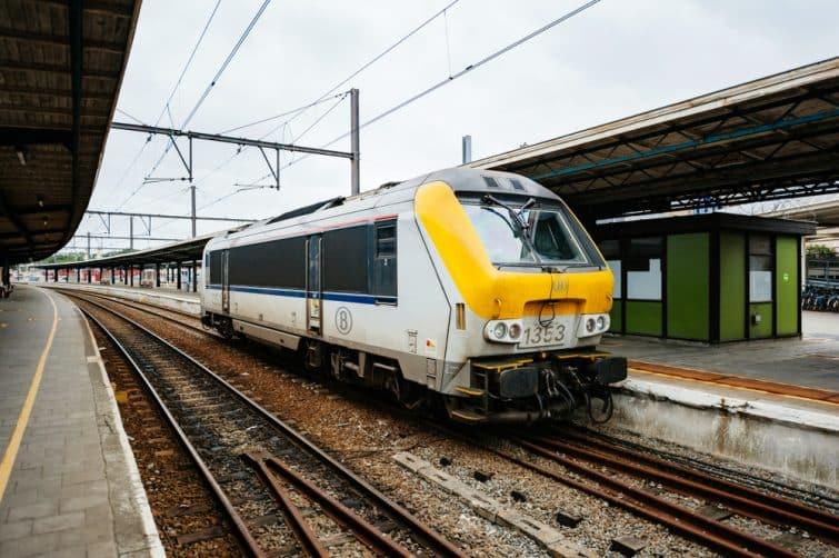 Train d'Ostende pour faire son transfert entre l'aéroport d'Ostende et Bruges
