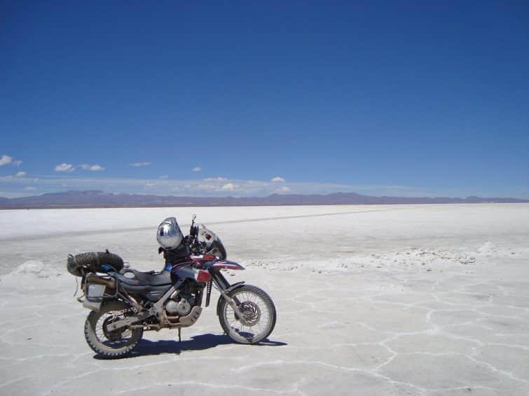 Visiter le Salar d'Uyuni en moto