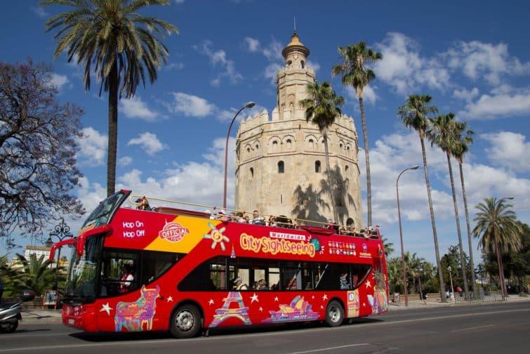 Faire une visite guidée de Séville, en bus