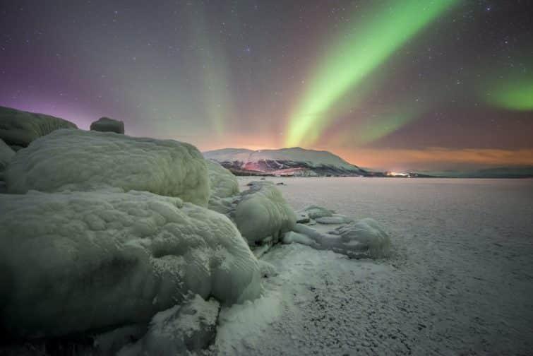 Une aurore boréale au dessus de la Laponie suèdoise
