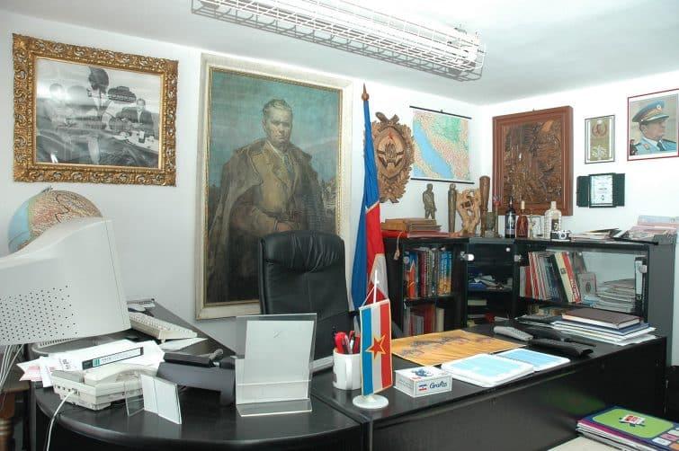 Intérieur du consulat Yougoslave, Tivat, Montenegro