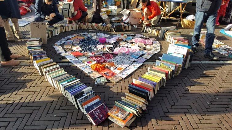 Stand de livres à Waterlooplein, Amsterdam