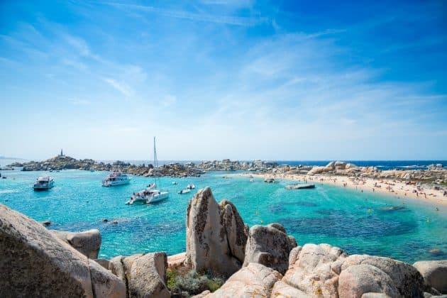 Les Îles Lavezzi en bateau : voyage dans l'archipel Corse