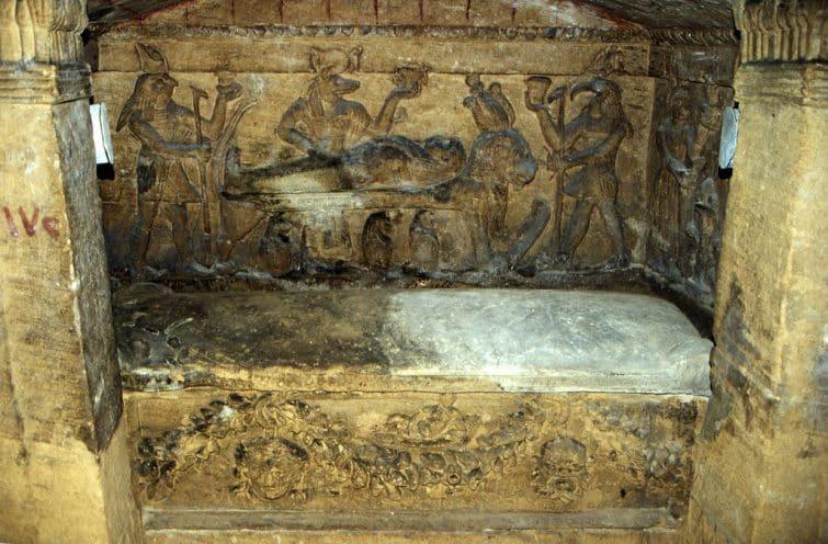 Catacombes Kom El Shoqafa, Alexandrie