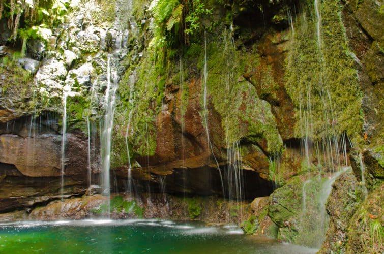 La cascata das 25 Fontes