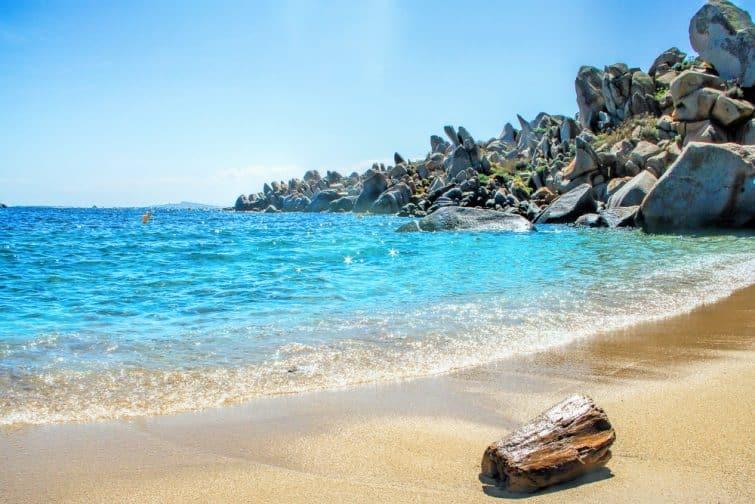 Lavezzi island