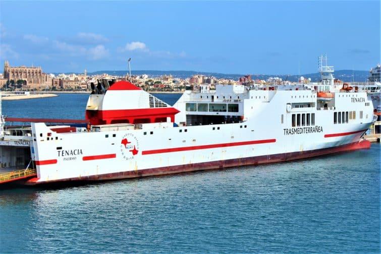 Ferry Trasmediterranea à Palma de Majorque