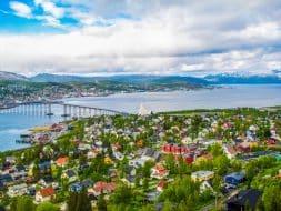 Vue d'été de Tromso, Norvège
