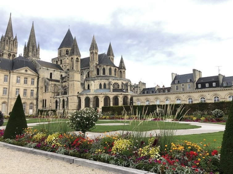 abbaye caen normandie