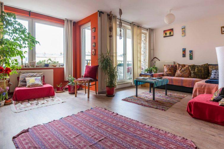 Chambre colorée et spacieuse à Kreuzberg