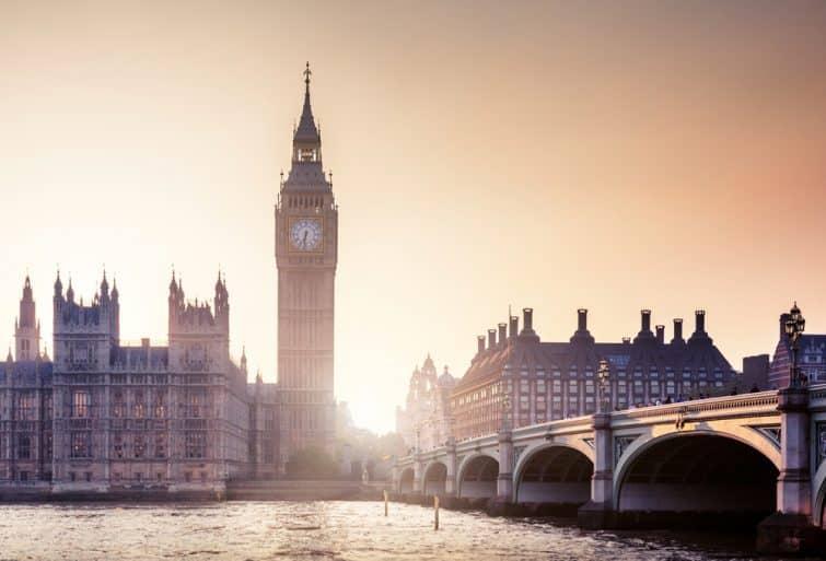 Coucher de soleil sur Big Ben, Westminster, Londres