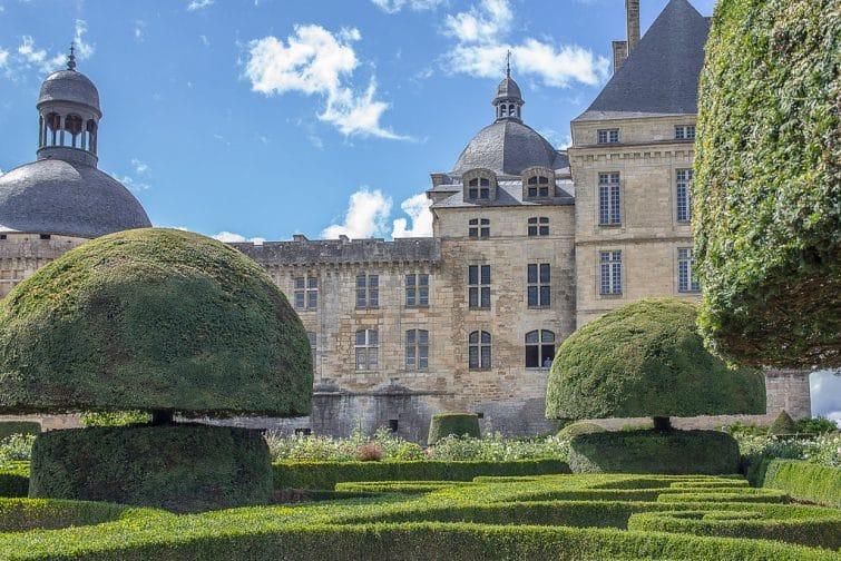 Jardins et château de Hautefort, Dordogne