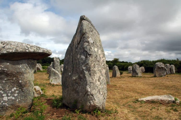 Les menhirs et dolmens de Carnac