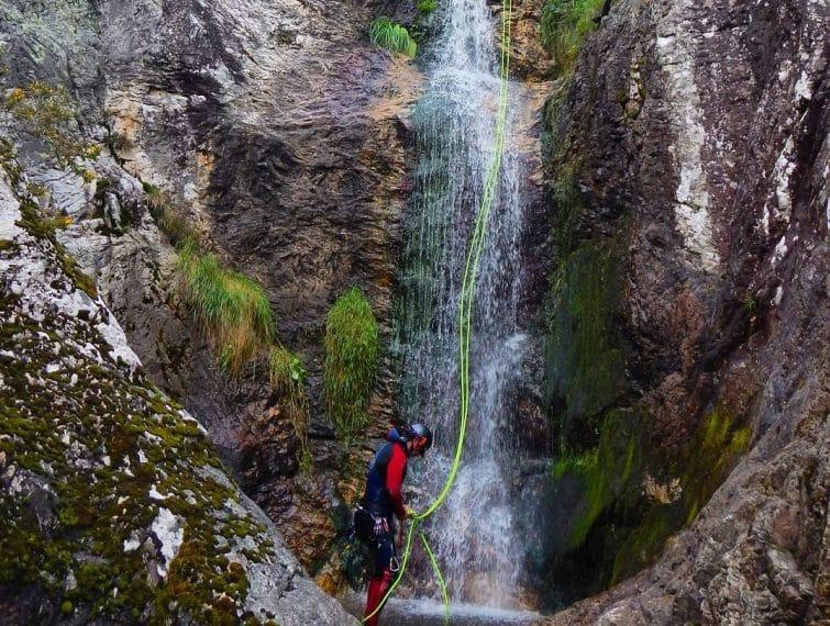 Canyoning au canyon de Carangas, Espagne