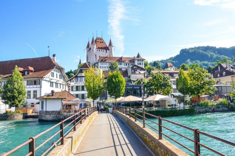 Vue sur le château de Thoune, Suisse