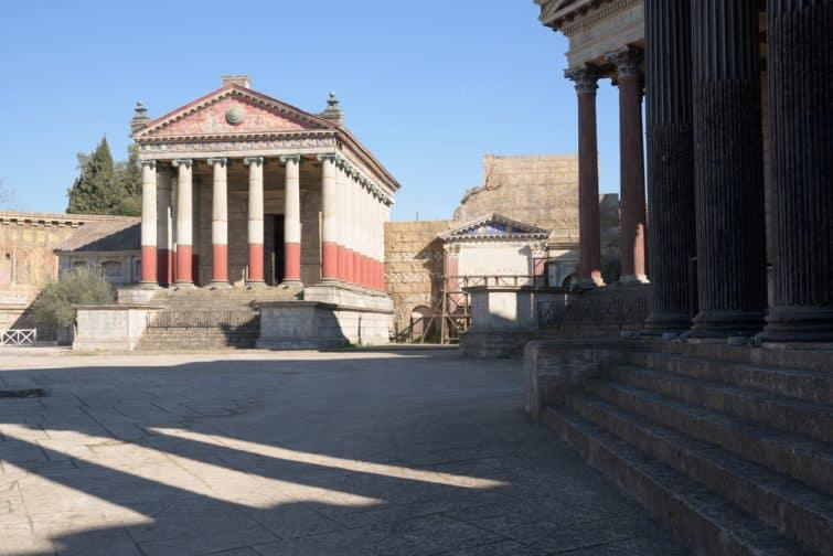 Décor antique des studios Cinecittà