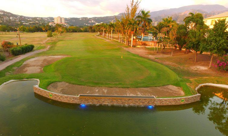 Golf clun, Constant Spring, Kingston