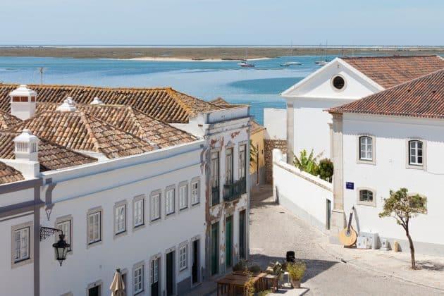 Location de voiture à Faro : conseils, tarifs, itinéraires