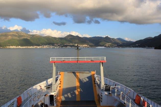 Comment aller à Igoumenitsa depuis Bari en ferry ?