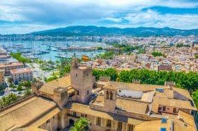 Vue aérienne de Palma de Majorque avec le palais d'Almudaina, Espagne