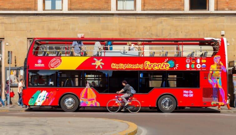 Bus touristique à Florence, Italie