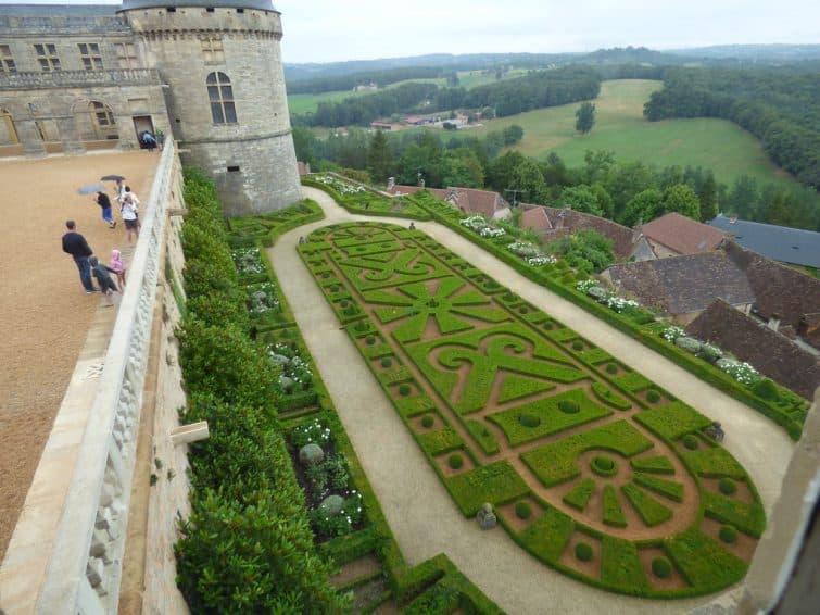 Les jardins du château de Hautefort, Dordogne