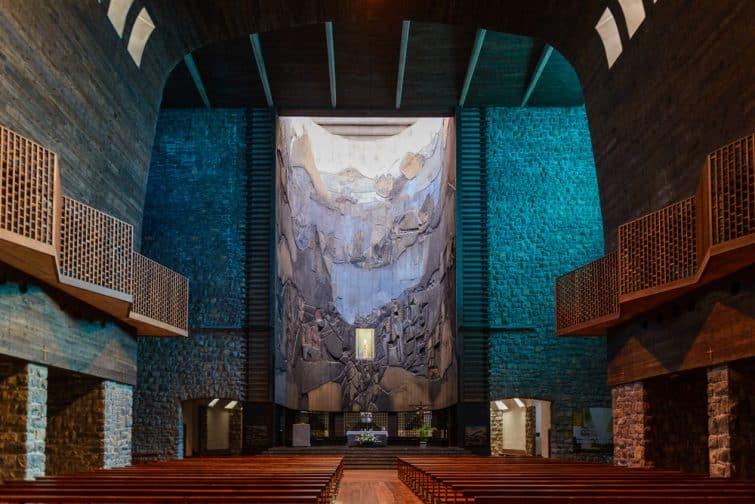 Intérieur du sanctuaire de Arantzazu, Onati, Pays Basque, Espagne