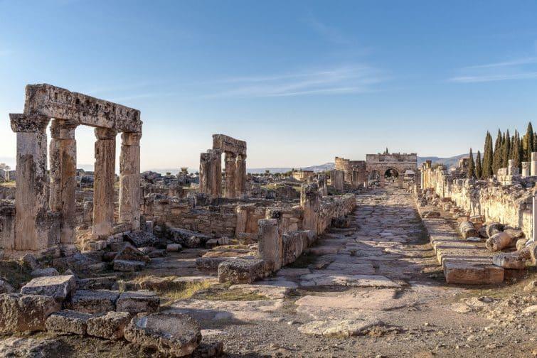 ancienne ville d'Hierapolis à Pamukkale