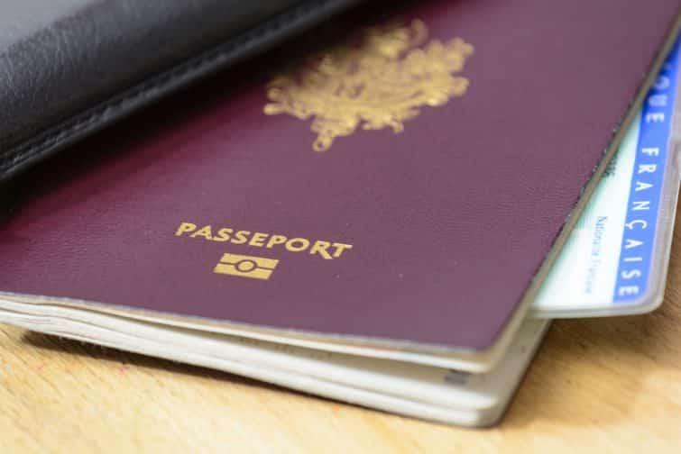 Passeport de la République Française