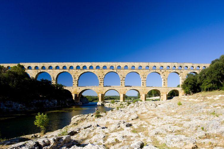 Visiter le Pont du Gard, et profiter des berges du Gardon