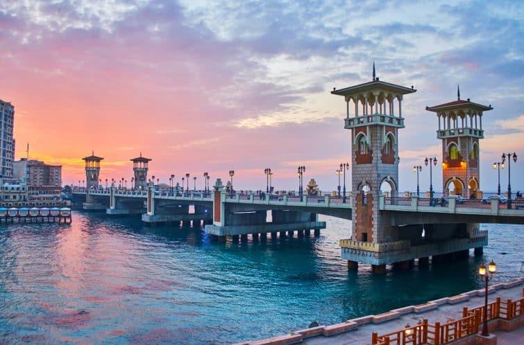 pont Stanley, considéré comme l'un des points d'intérêt les plus remarquables de la ville, particulièrement beau au coucher du soleil, Alexandrie, Egypte