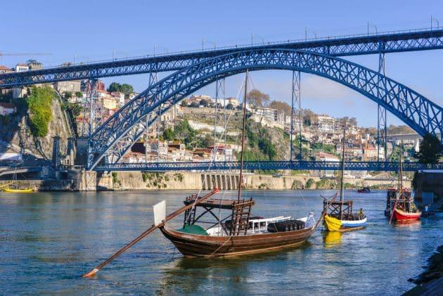 Location de voiture à Porto : conseils, tarifs, itinéraires