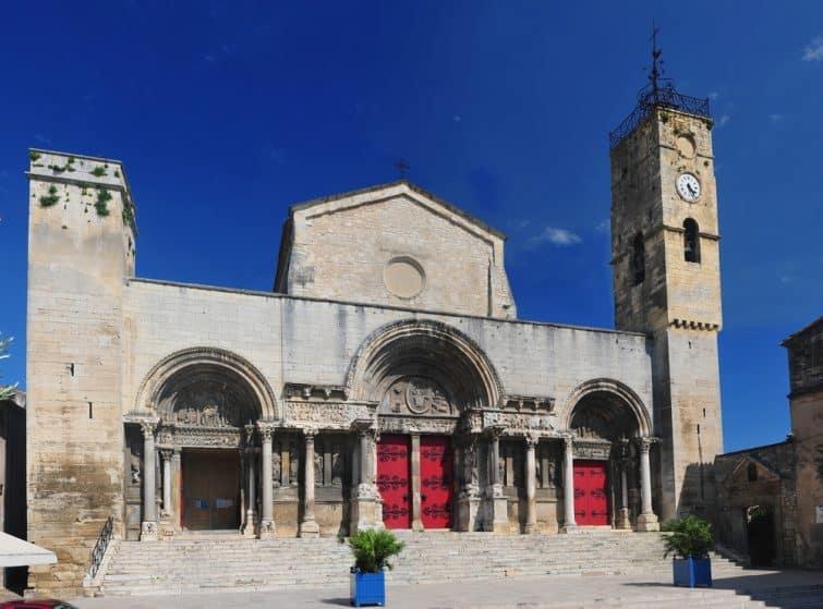 L'Abbatiale, Saint-Gilles