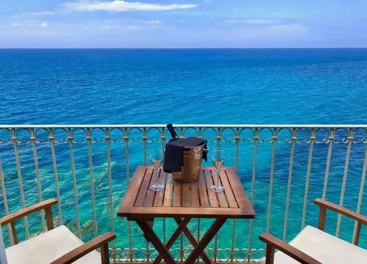 Balcon avec vue incroyable à Cefalù