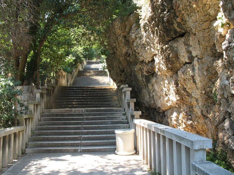 Les escaliers de Veli Varos