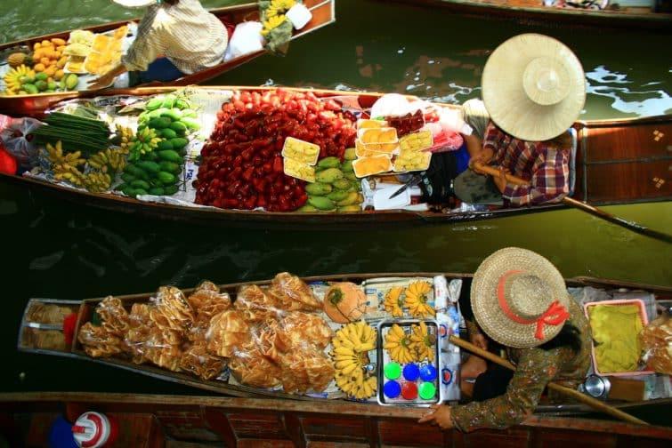 Les produits typiques, vendus dans les marchés flottants