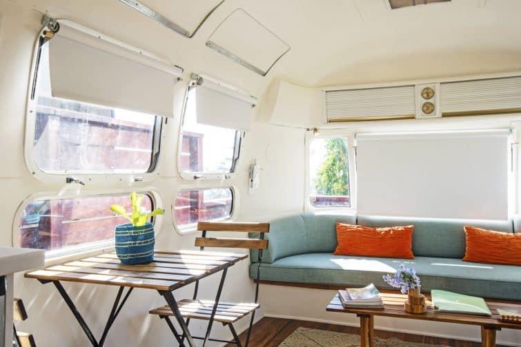 Séjour dans une caravane rénovée tout confort à Los Angeles