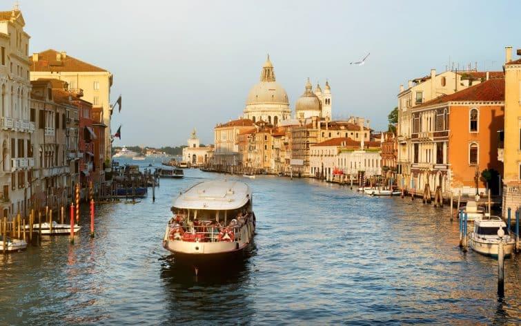 Balade en vaporetto, Venise