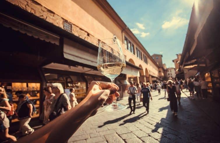 Verre de vin blanc, Florence, Italie