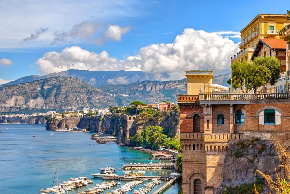 Visiter la Côte Amalfitaine en passant par Sorrente