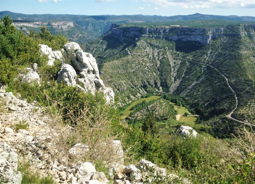 Cirque de Navacelles vu du Causse de Blandas dans le Gard