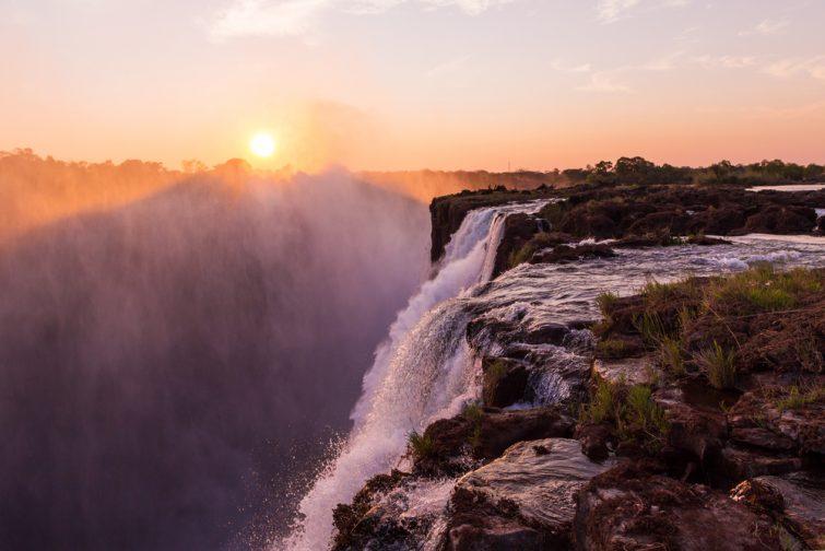Devil's Pool, Zambie