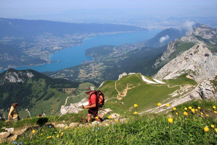 La Tournette est un sommet du massif de Bornes, culminant à 2 351 m