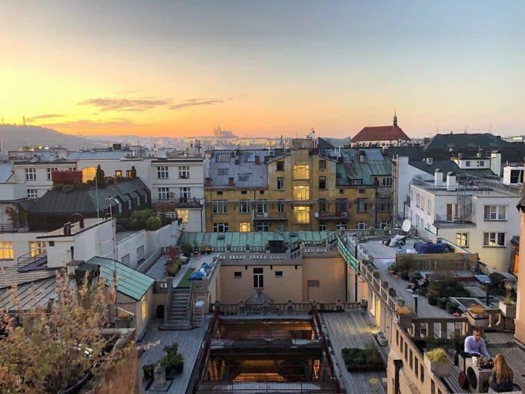 Rooftop où boire un verre à Prague : Lucerna Rooftop