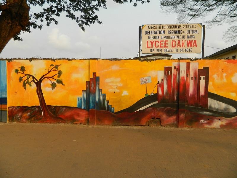 Lycée_d'Akwa_-_panoramio_(5)