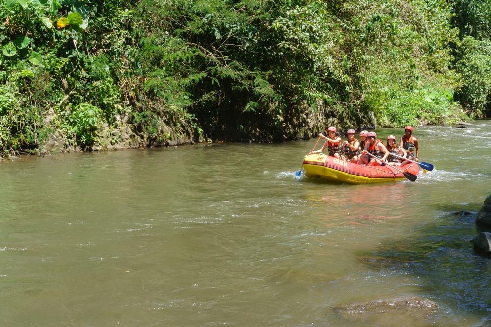 Rivière Melangit Klungkung