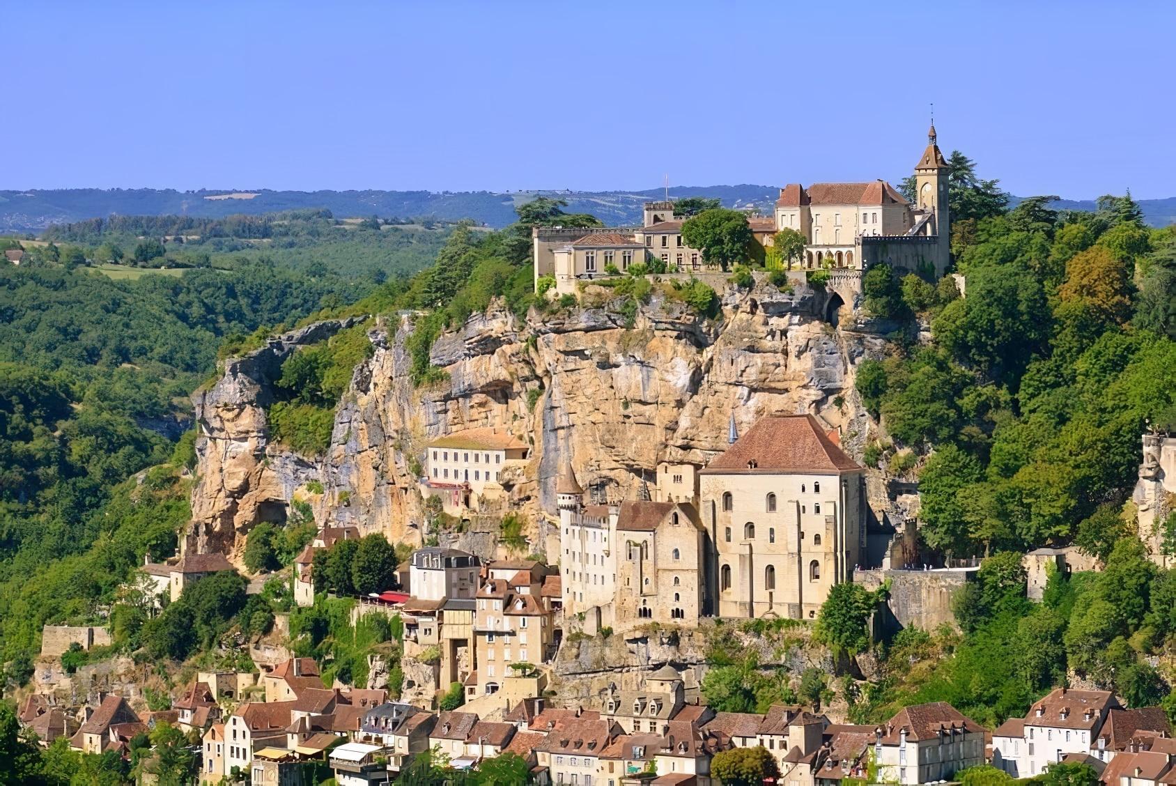 Rocamadour, un joli village français sur une falaise de Midi-Pyrénées