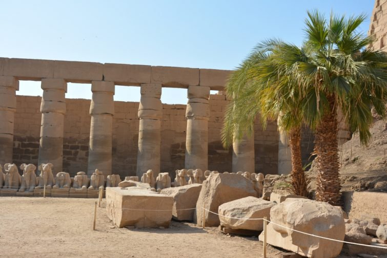 Temple of Louxor, ruins and columns
