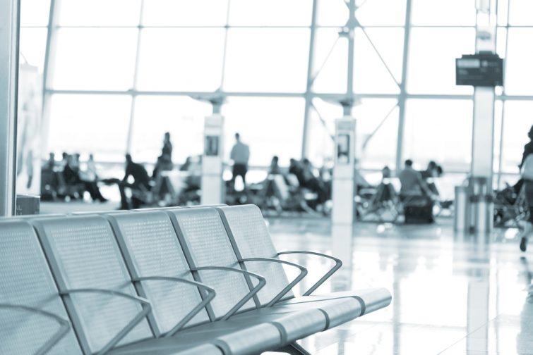 L'aéroport de Bruxelles Charleroi est-il ouvert la nuit ?