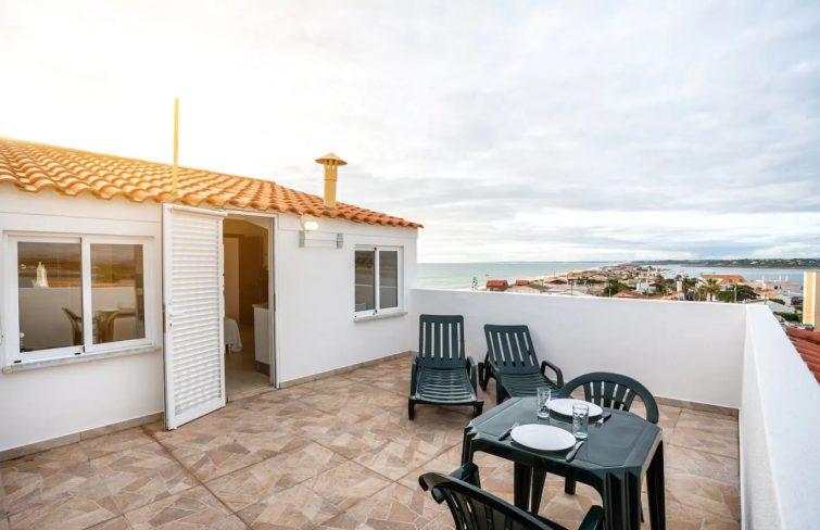 Airbnb avec terrasse proche de la mer, Faro